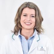 Dermato®-Fachkosmetikerin Frau Himsl
